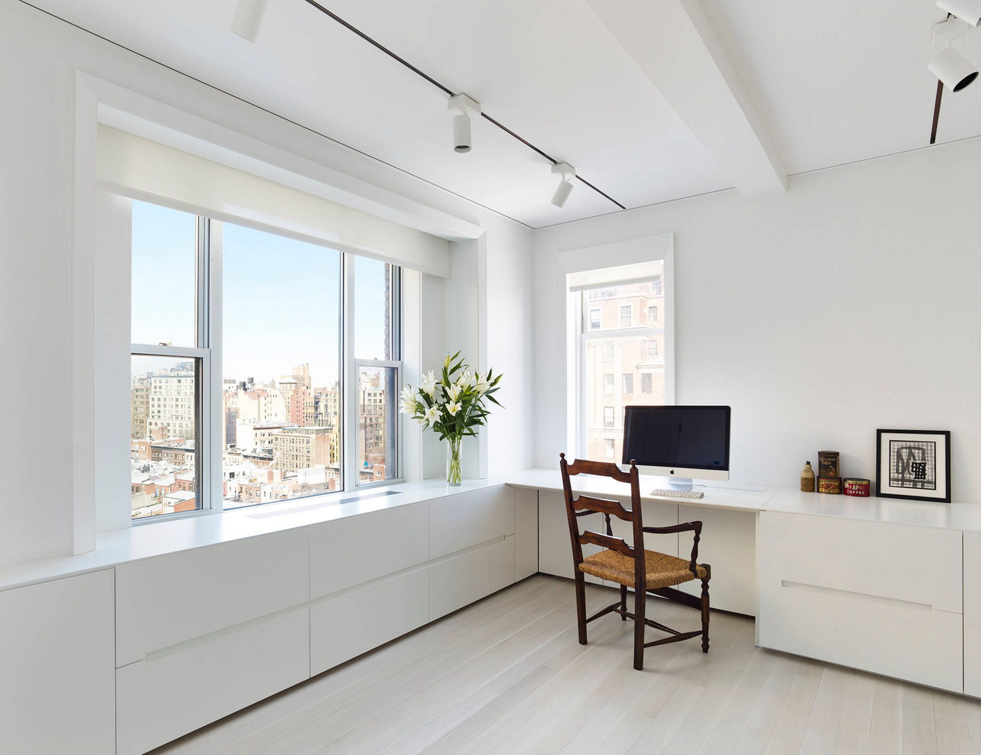 Flawless 25+ Awesome Minimalist Workspace Ideas For The Convenience ...