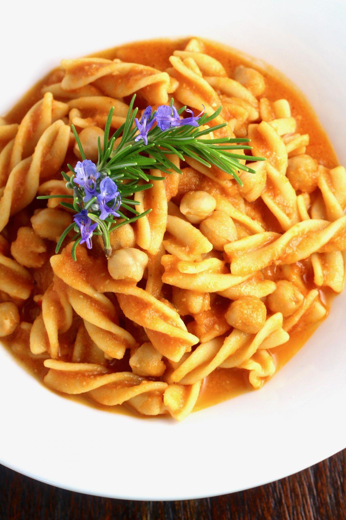 Chickpea Lovers' Pasta e Ceci #glutenfreevegan