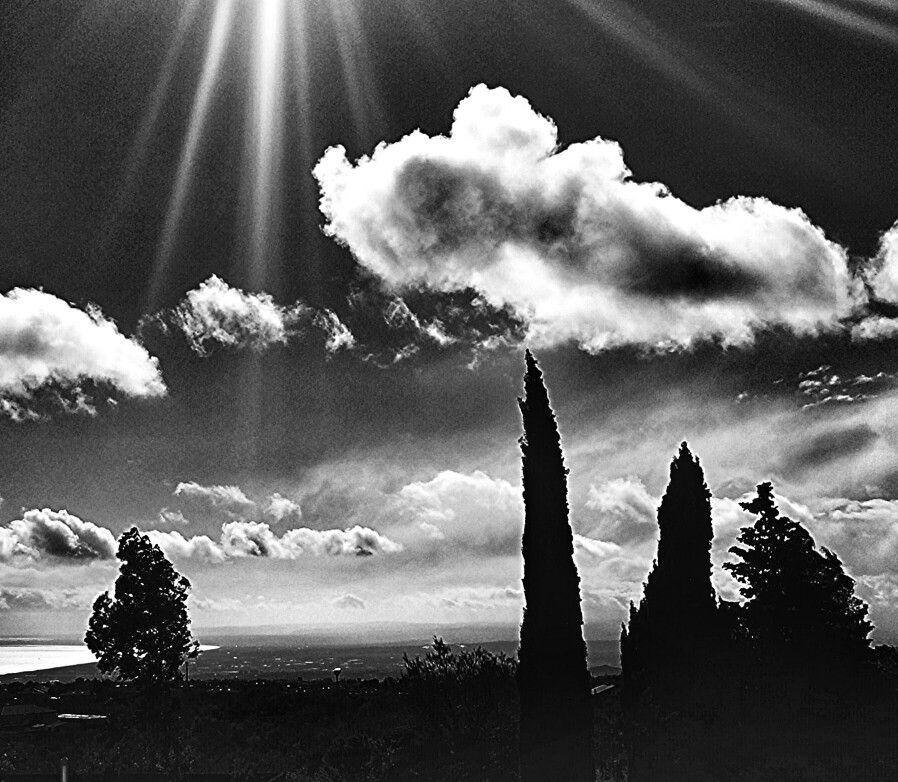 Raggi fra le nuvole.....