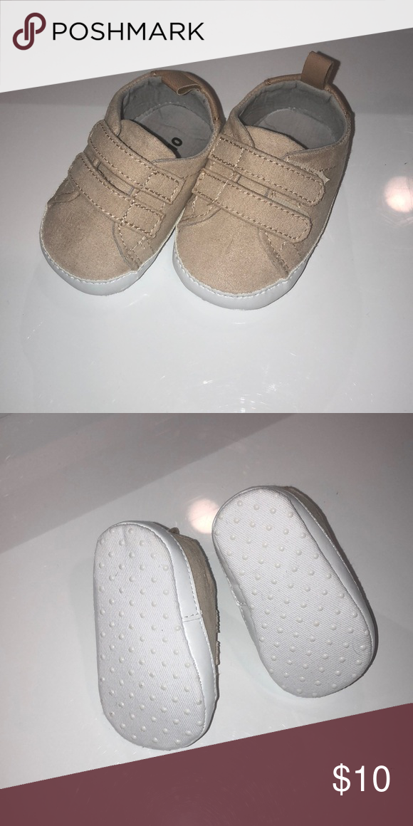 f1c455565ae1 Brand New. Never got a chance to wear as I have big babies  ) Brand New.  Tan in color. 0-3 month. Old Navy Shoes Baby   Walker