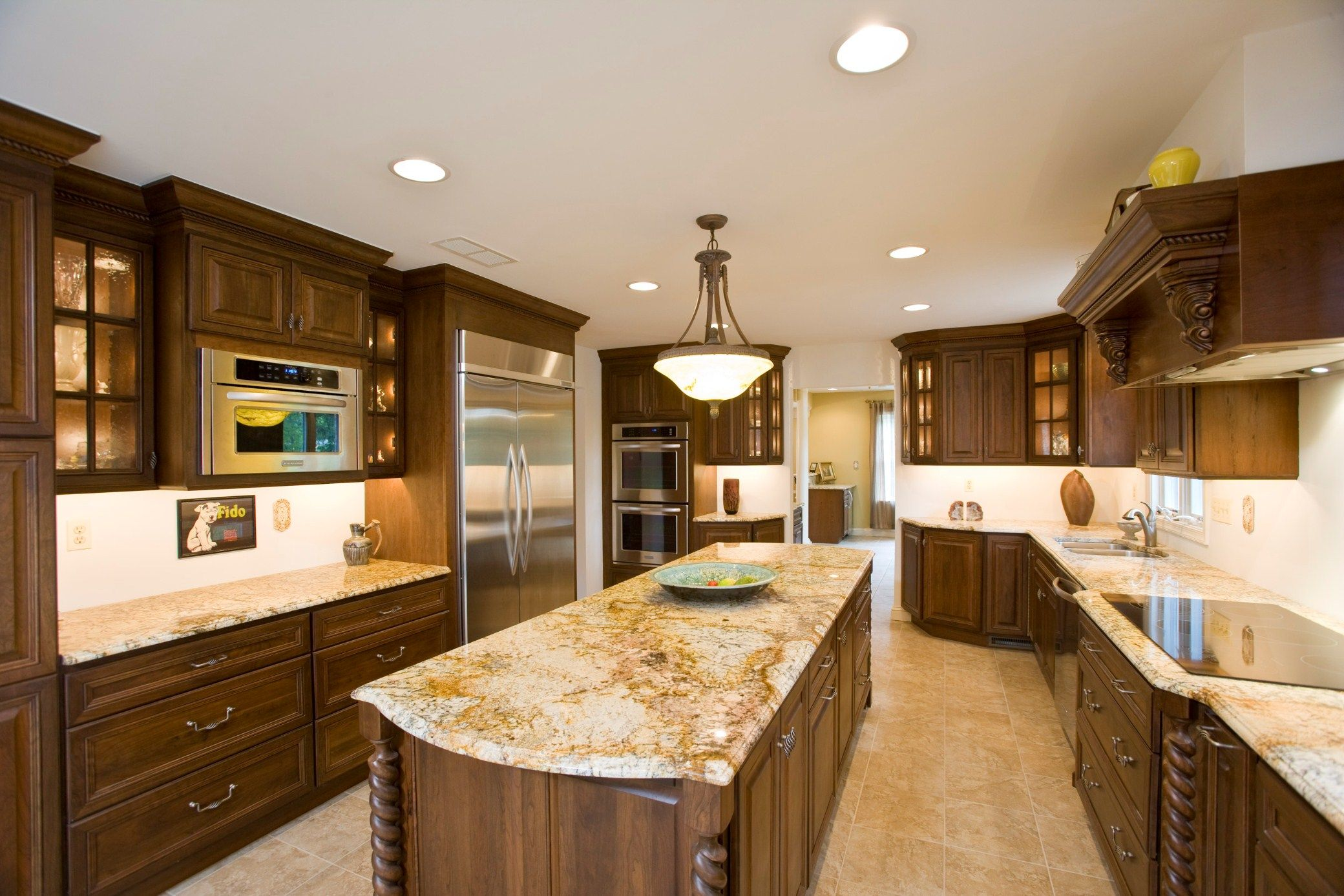 Oak cabinets and white granite counters granite Granite kitchen design ideas