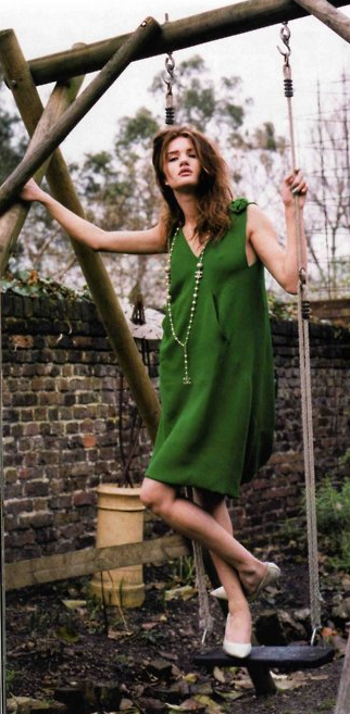 Secret garden. #Emerald #Green #Dress #Rosie #Whitley #Hair #Makeup
