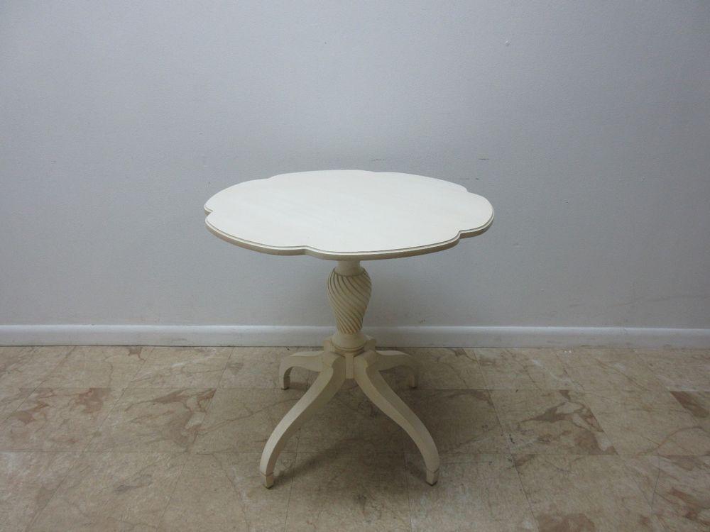 Ethan Allen Paint Distressed Scalloped Leah Lamp End Table Pedestal