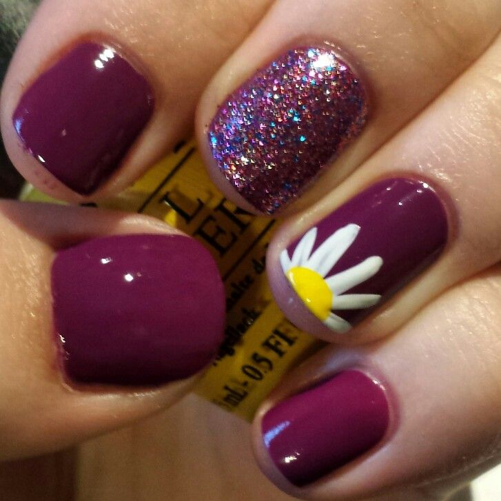 Spring nail art! Spring is on its way. Loving the daisy and flower nail - Spring Nail Art! Spring Is On Its Way. Loving The Daisy And Flower