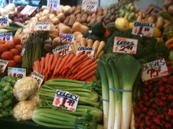 Fresh Vegetables at Pike Place Market (not always organic ...