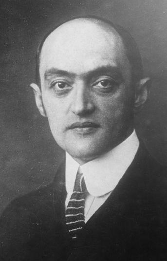 Joseph Schumpeter (1883-1950)  Economist and author, immigrated 1932  Wirtschaftswissenschaftler und Autor, eingewandert 1932  (ÖNB/Pf 23385:C (1))