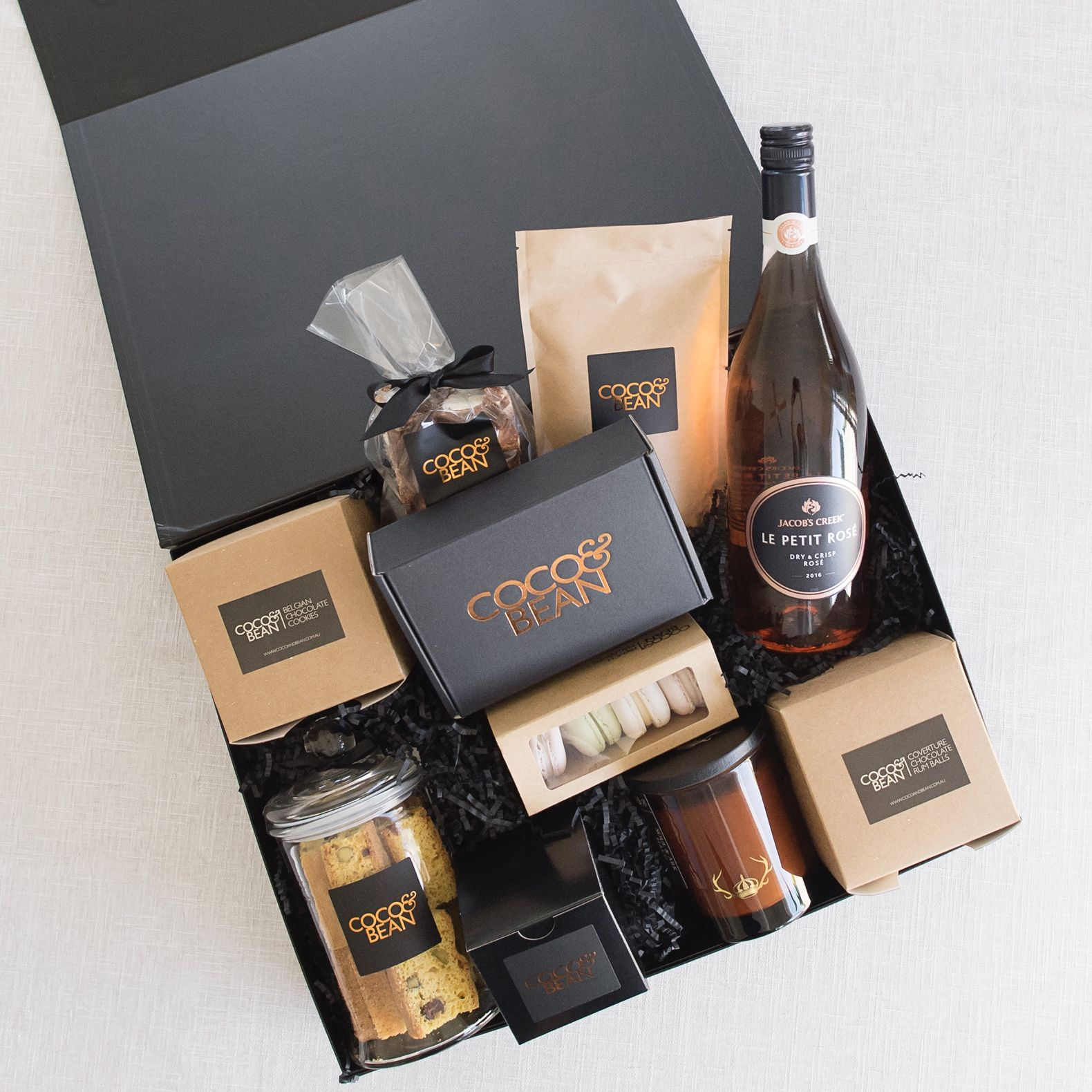 Entertainer Gift Hamper Gourmet Gifts Delivered Free Australia Gift Hampers Corporate Christmas Gifts Corporate Gifts