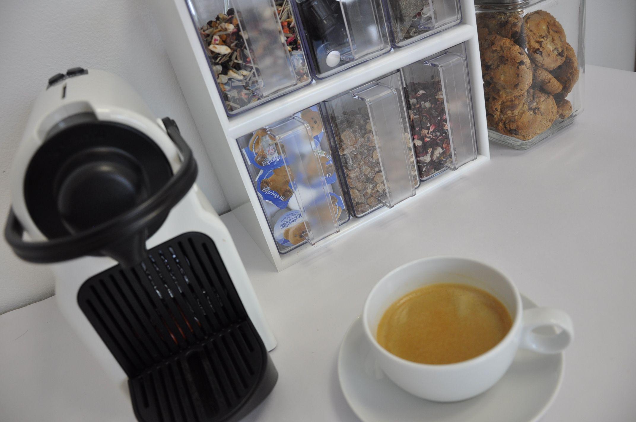 Kaffeek che sch tten schaffen ordnung stauraumwunder Ideen ordnung bad