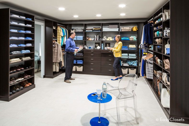 A Dream Walk In Closet With His Amp Hers Sides Closet