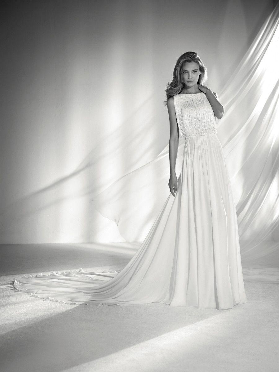 Wedding dress bodice with fringe pronovias collection