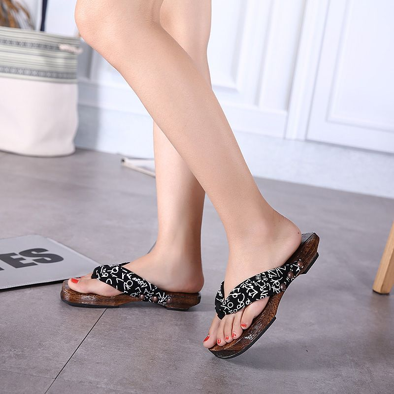 2016 original Japanese wooden sandals Women's Heels Wooden Geta Clog Sandal/cosplay  bench clogs and