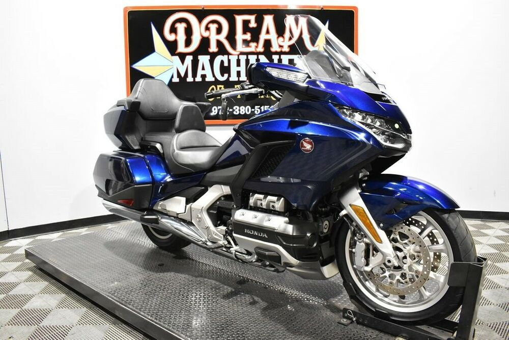 2018 Honda Gold Wing Tour Dct Gl1800d In 2020 Wings Tour Gambia Cape Verde Islands