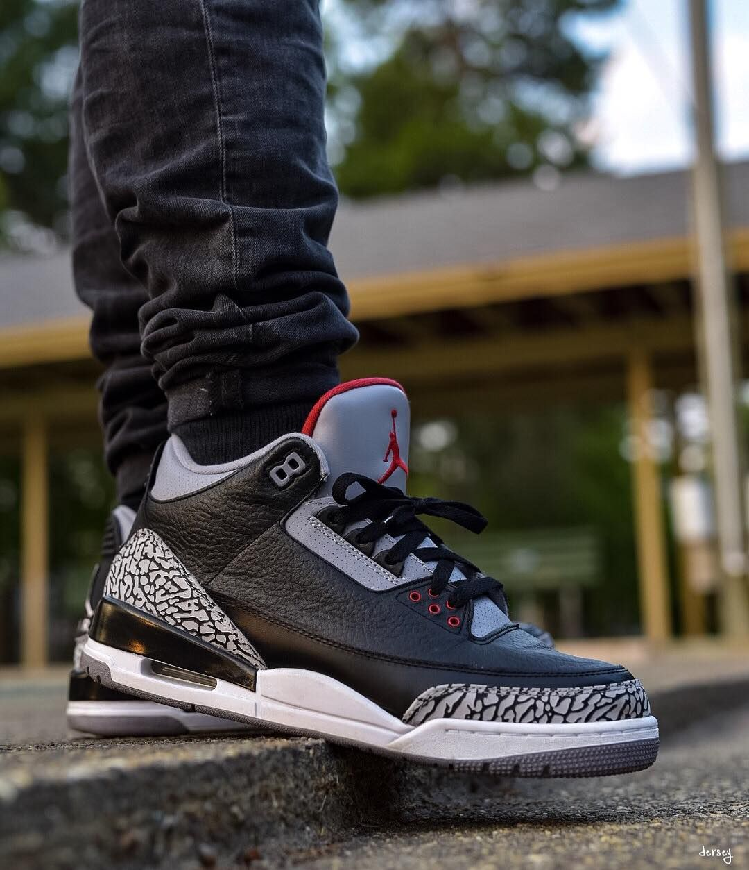 huge discount 04b3f e6f66 Air Jordan 3 Retro