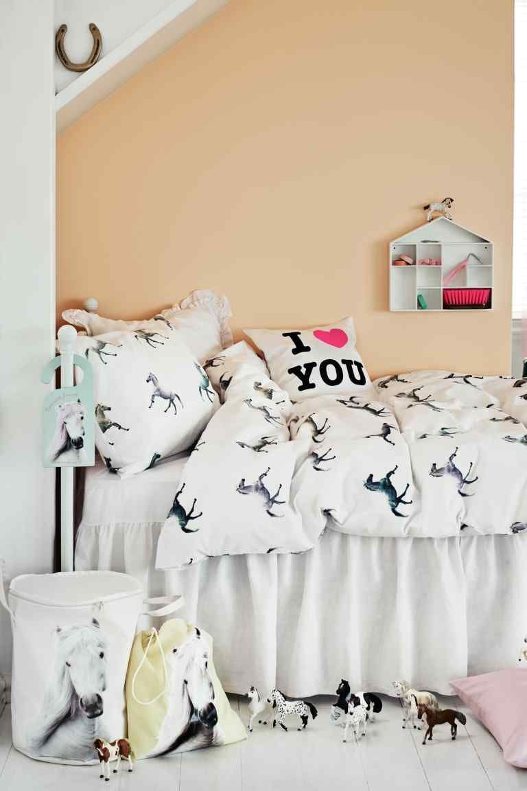 Cute Girls Room   Monochrome And Blush   Love The Horse Bedding