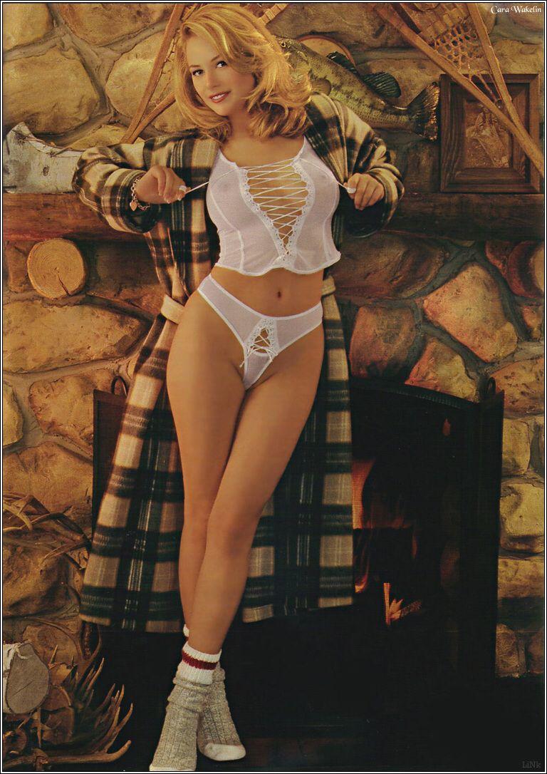 Cara Wakelin Nude Photos 52