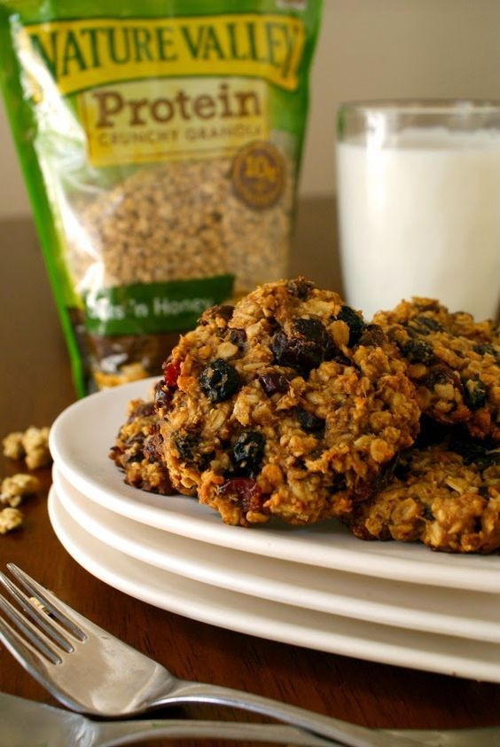 Granola Breakfast Cookies No sugar, no flour, no eggs, no oil or butter. Need to try these!