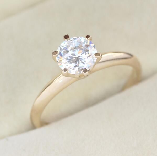 Superb Luxury quality 1Carat ct Simulated Dia mond Engagement