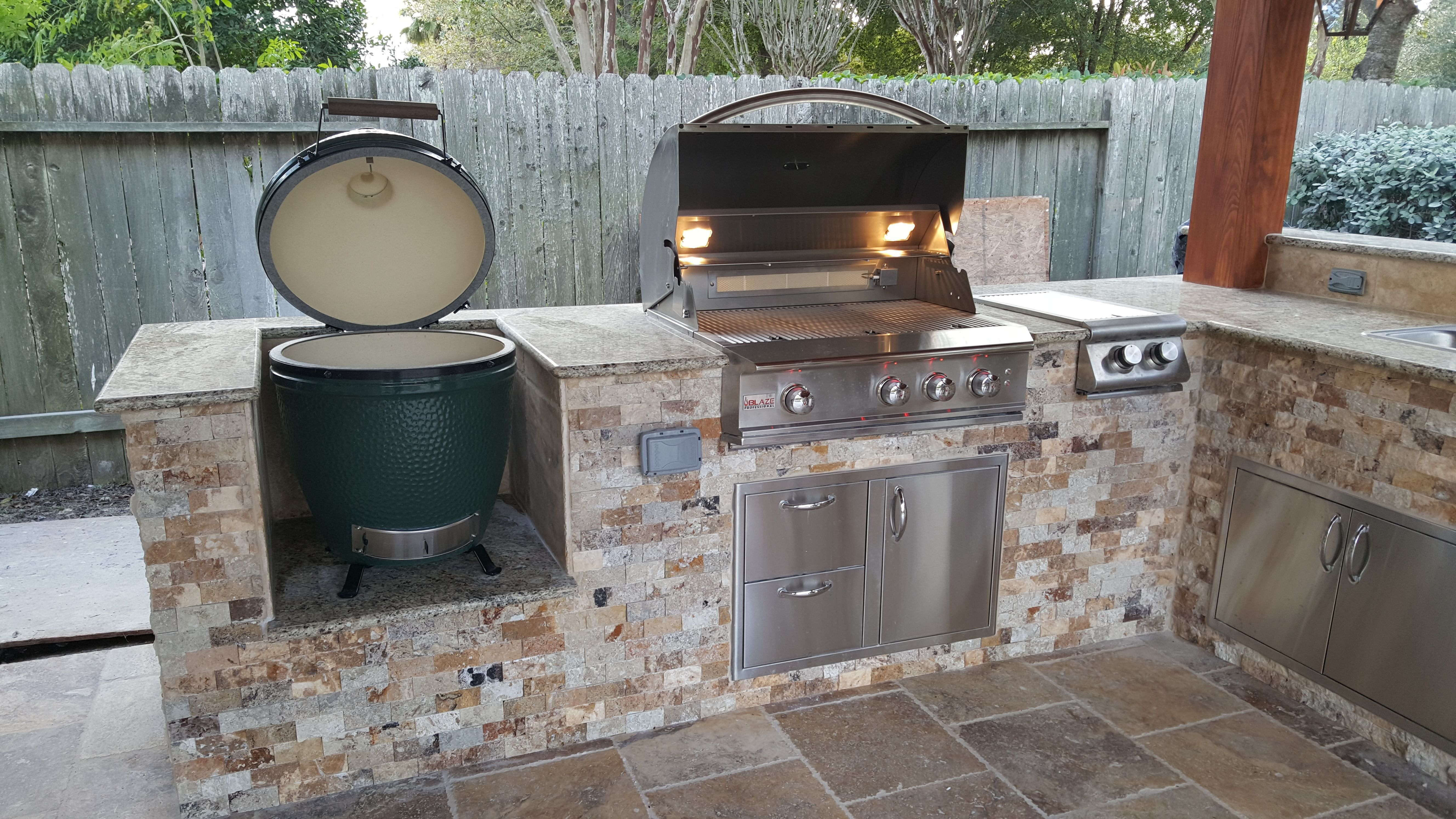Outdoor Kitchen With Travertine Stone Granite Counter Top Green Egg Grill Side Burner And Drawe Outdoor Kitchen Patio Outdoor Kitchen Design Outdoor Grill