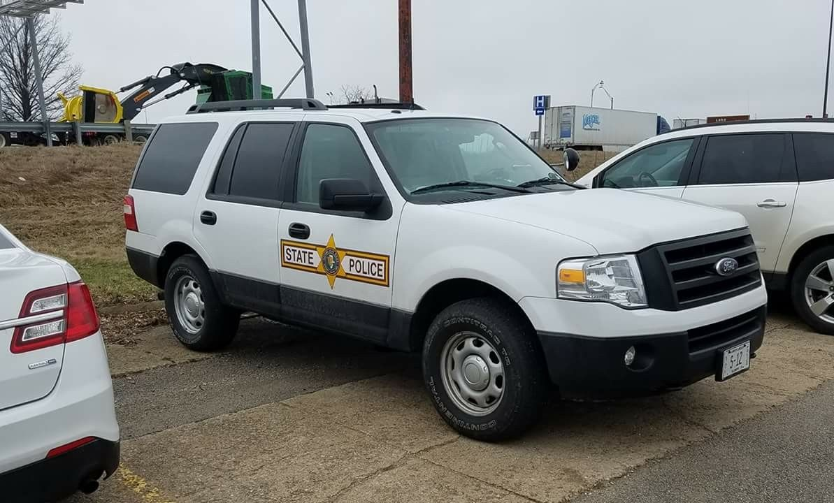illinois state police ford expedition slicktop state police emergency vehicles ford expedition illinois state police ford expedition
