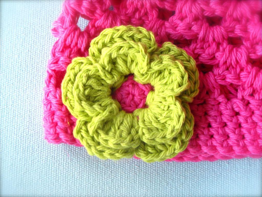 flower beanie | Crochet | Pinterest | Beanie, Design und Häkelblumen