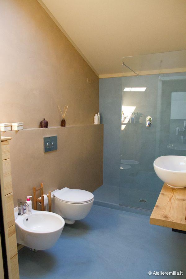 Resina su pareti bagno e doccia Arredamento bagno