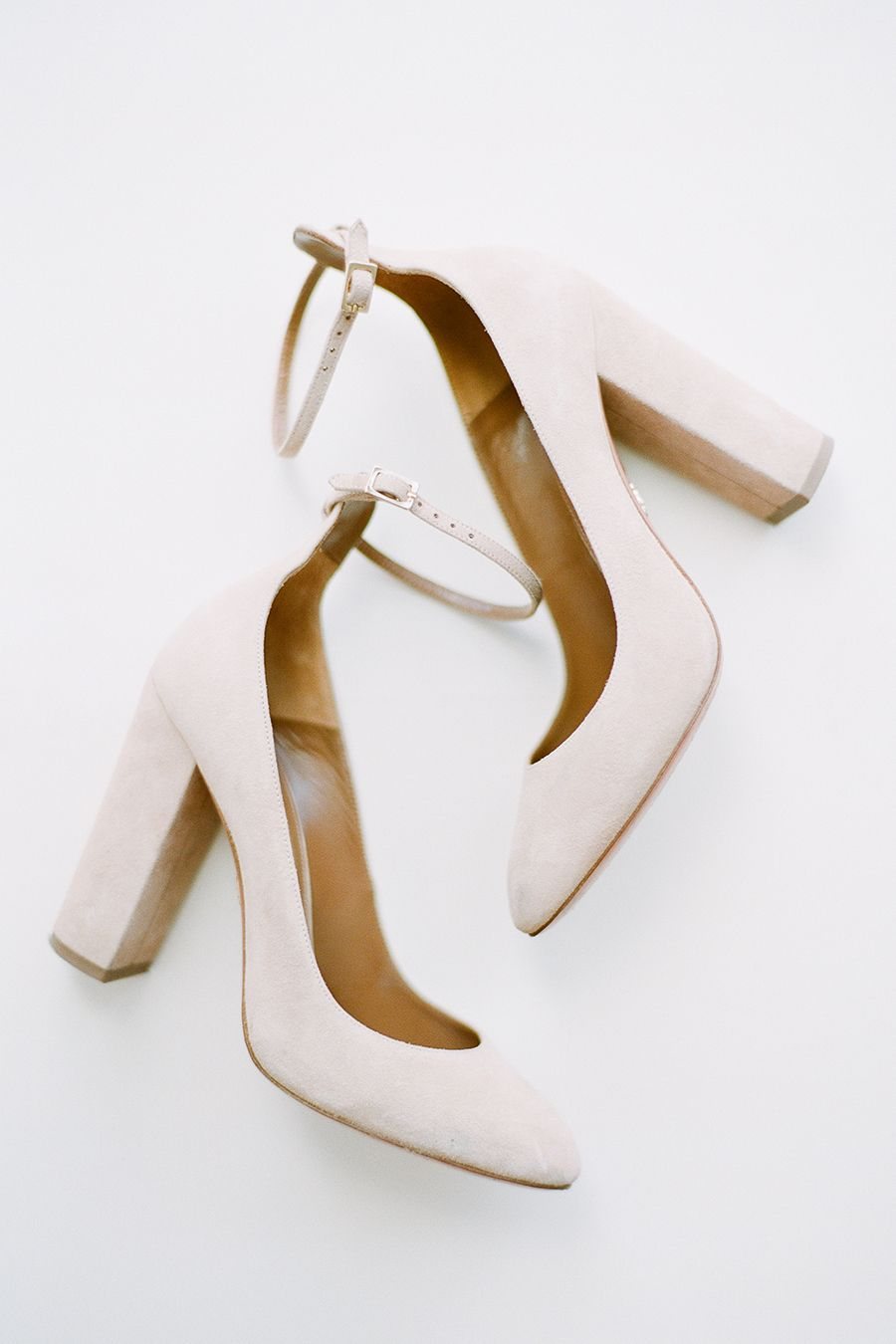 96c0fa323ece Nude heels