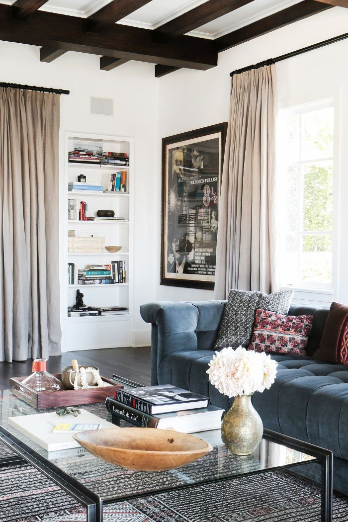 Living Room Decor Trends To Follow In 2018: It's 2018—Time To Move On From These Outdated Décor Trends
