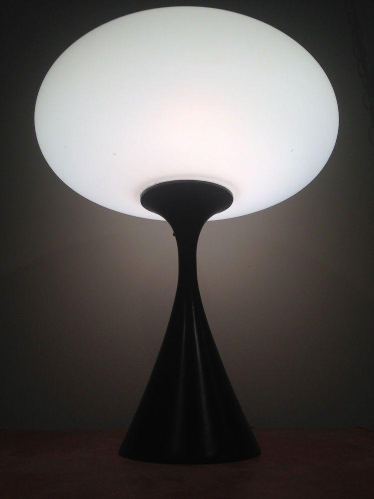 Mid Century Modern Laurel Mushroom Table Lamp With Black Base