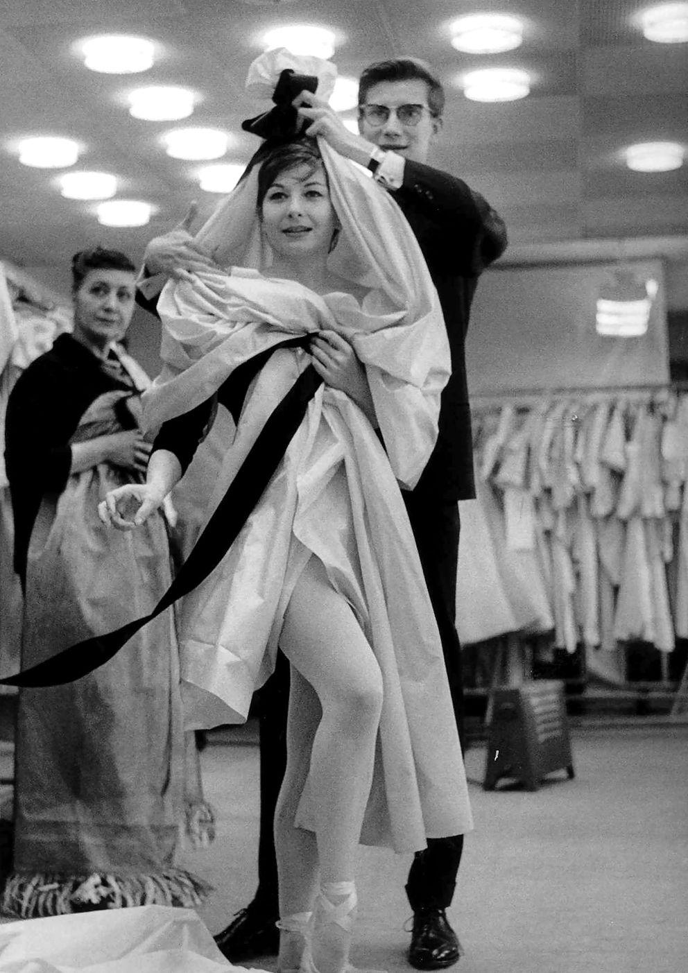 Yves Saint Laurent, 1964. Photo: Robert Doisneau.