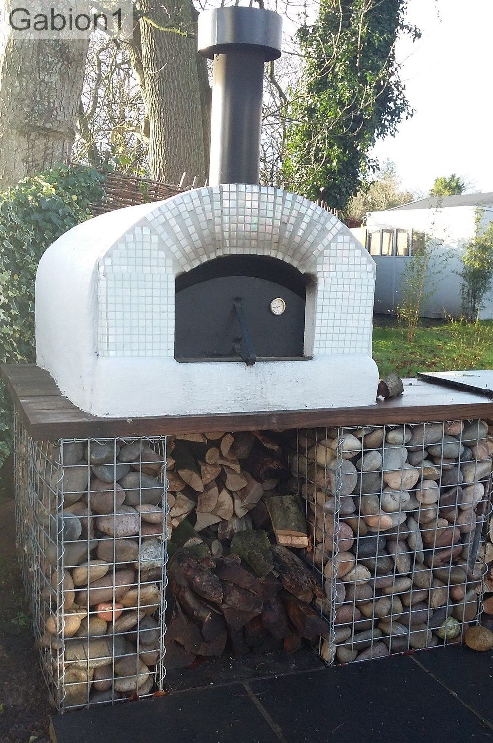 gabion supports for pizza oven built by Beautiful Spaces Wilts. http://www.gabion1.co.uk