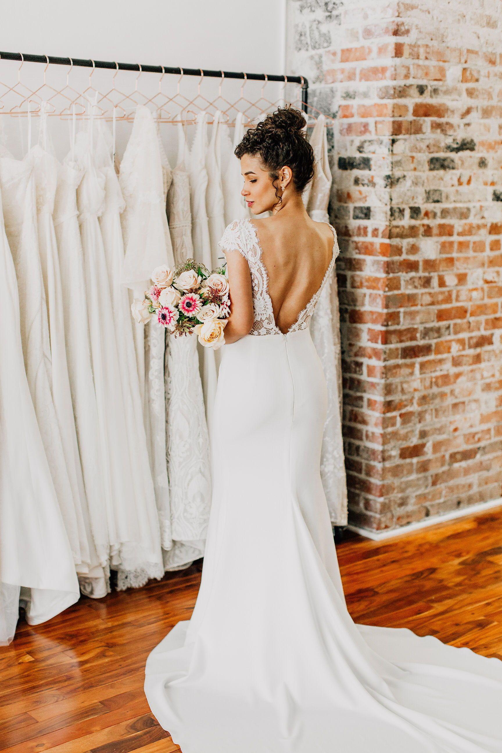 Annalise By Anais Anette 2019 Wedding Dresses Modern Wedding Dresses Fitted Lace Wedding Dress Crepe Wedding Dress Wedding Dresses Wedding Dress Low Back,Beach Wedding Wedding Dresses Simple