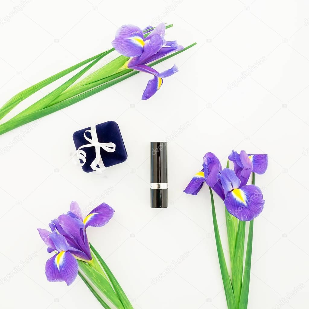 Photo of Summer flowers with lipstick and box – Stock Photo , #Aff, #lipstick, #flowers, …
