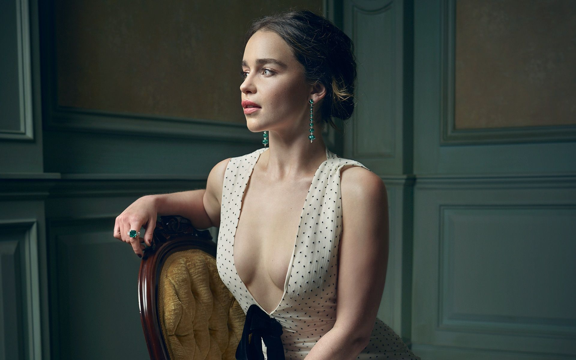 Cleavage Emilia Clarke nude (21 foto and video), Sexy, Fappening, Feet, braless 2019