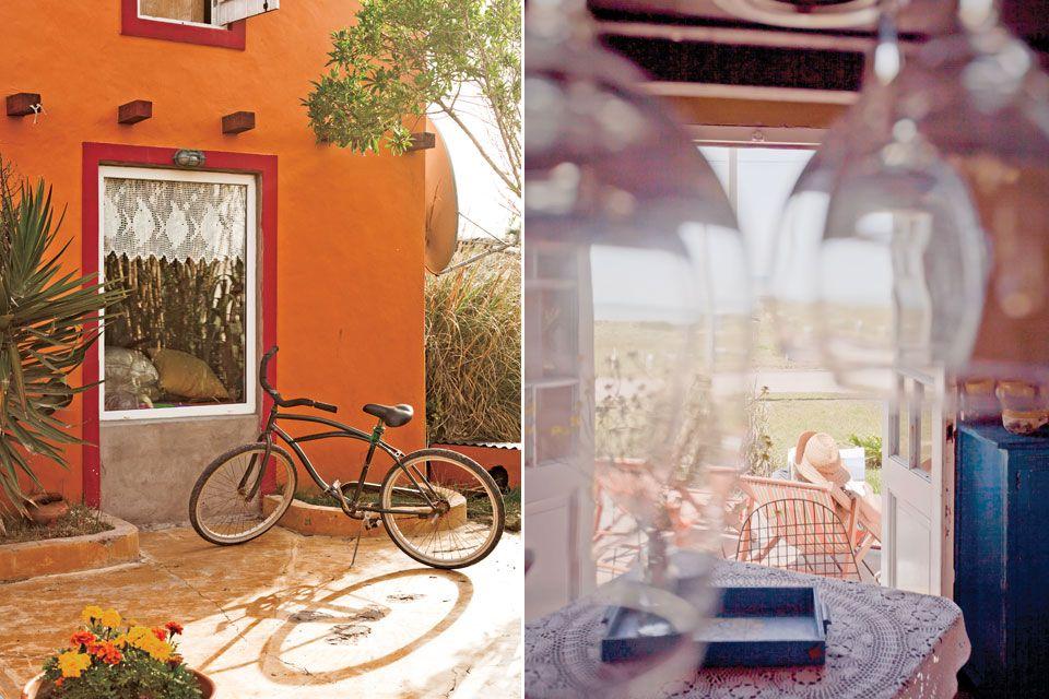 Casinha colorida: Uma casinha colorida paradisíaca