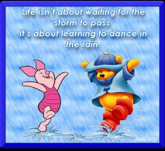 Winnie The Pooh Rain: Pooh Bear & Piglet