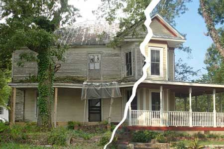 Home sat sep 16 scary houses house and curb appeal for Old house renovation ideas