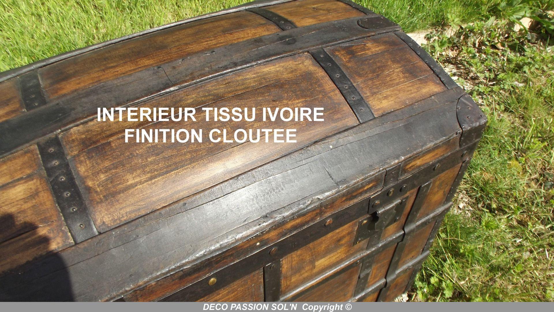 Malle Voyage Ancienne Bois malle bombee (ancienne) relookee en bois interieur tissu
