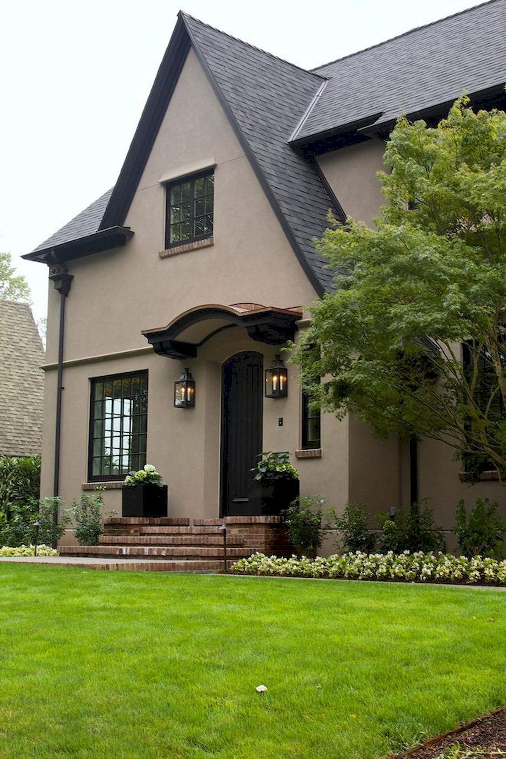 fine some window exterior ideas for your home https on benjamin moore exterior house ideas id=69367