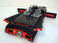 Batmóvil de la serie de tele original con LEGO. Impresionante!