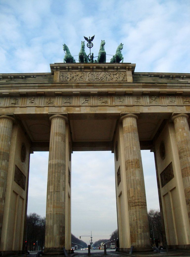 Berlin Brandenburger Tor Beautiful Places Places Places Ive Been