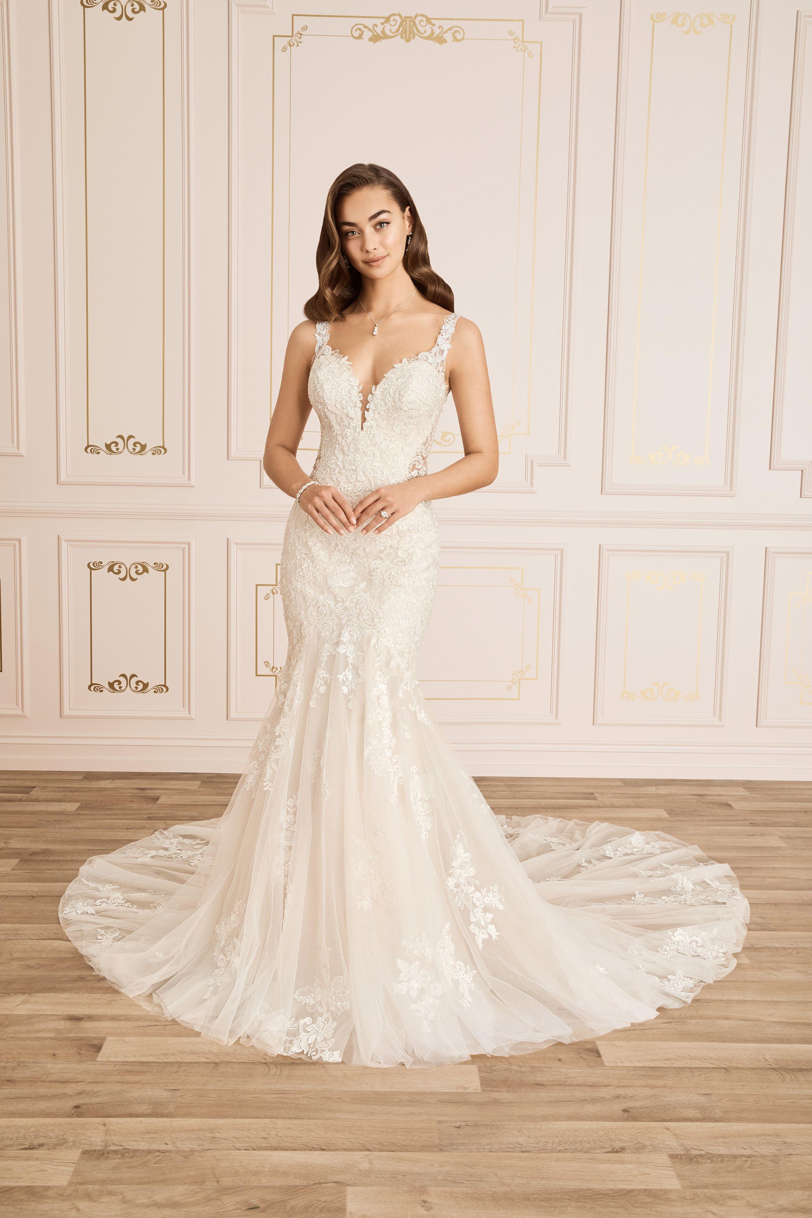Sophia Tolli Bridal Y12025 Bride N Groom Floral Lace Wedding Dress Wedding Dresses Unique Sophia Tolli Wedding Dresses [ 4000 x 2667 Pixel ]