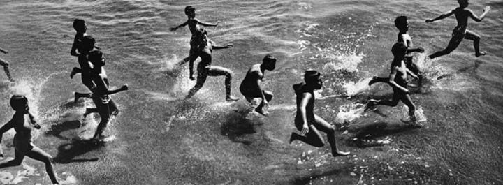 Harold Feinstein, Boys Running Into Surf, 1954