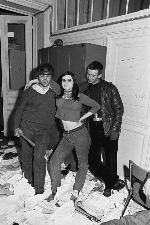tamburina: Gökşin Sipahioğlu, Paris protests, 1968