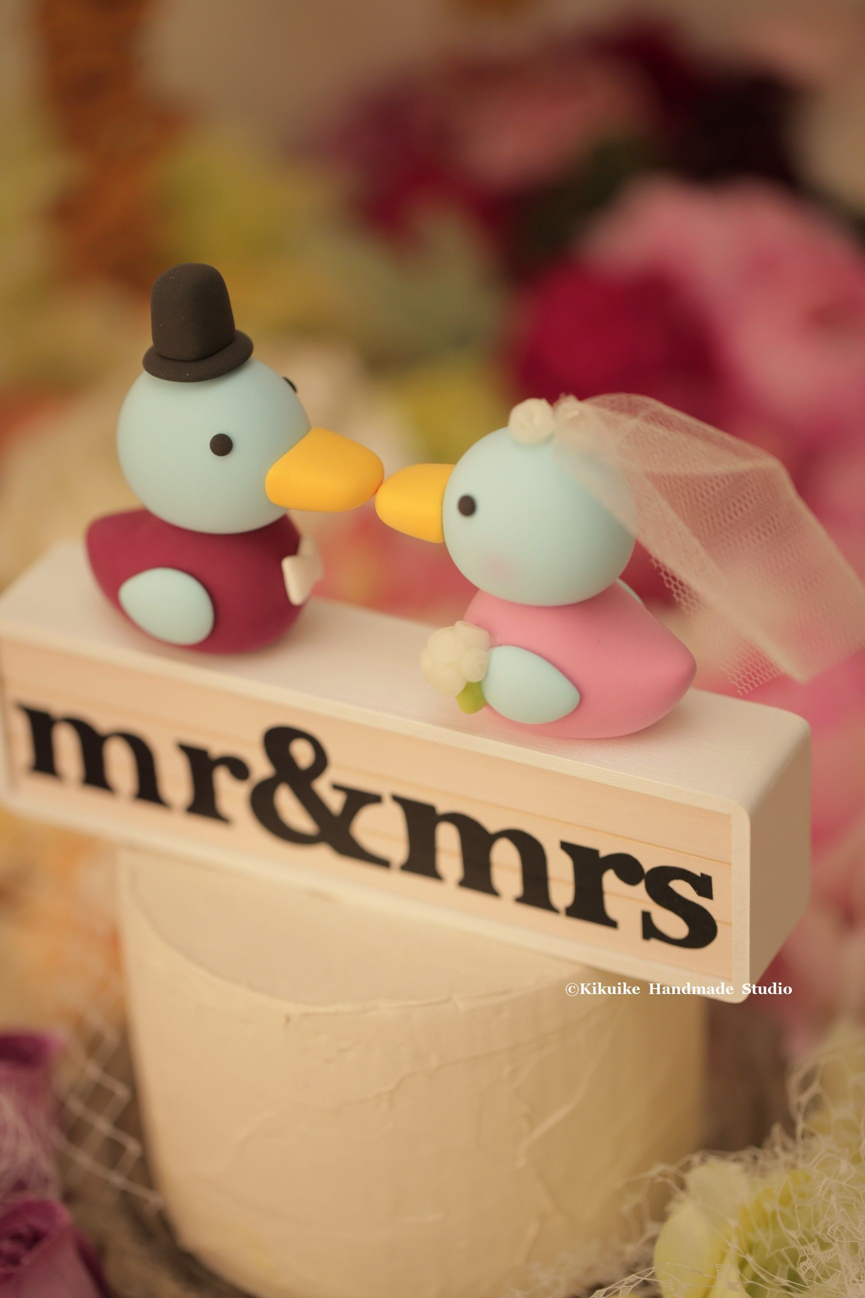 Korean Duck with Mr and Mrs initials wooden box Wedding Cake Topper ...