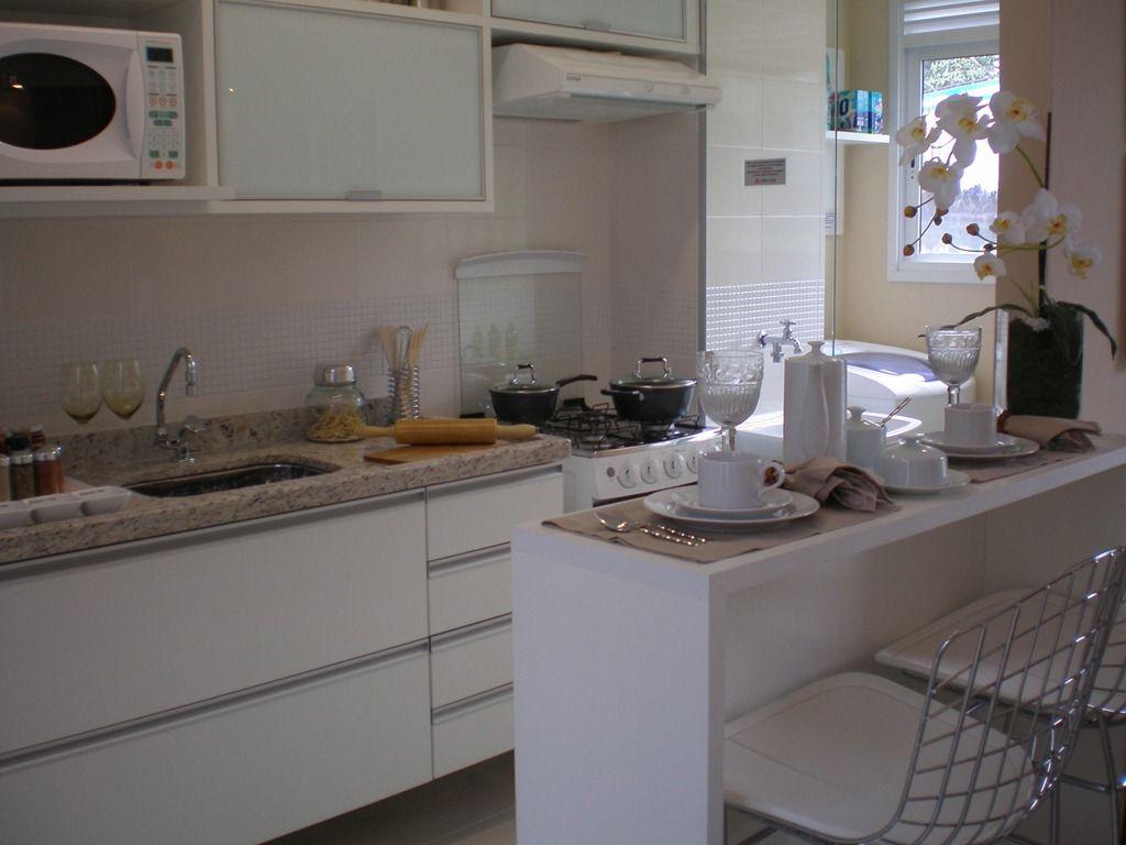 Cozinha america simples com sala de jantar pesquisa for Apartamentos decorados pequenos