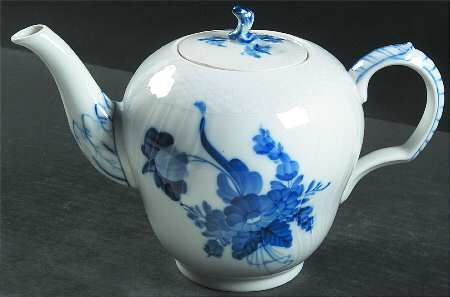Tea Pot And Lid in the Blue Flowers pattern by Royal Copenhagen
