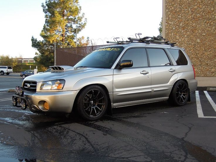 Love The Look With The Light Bar And Sti Scoop Subaru Forester Xt Subaru Wagon Subaru Cars