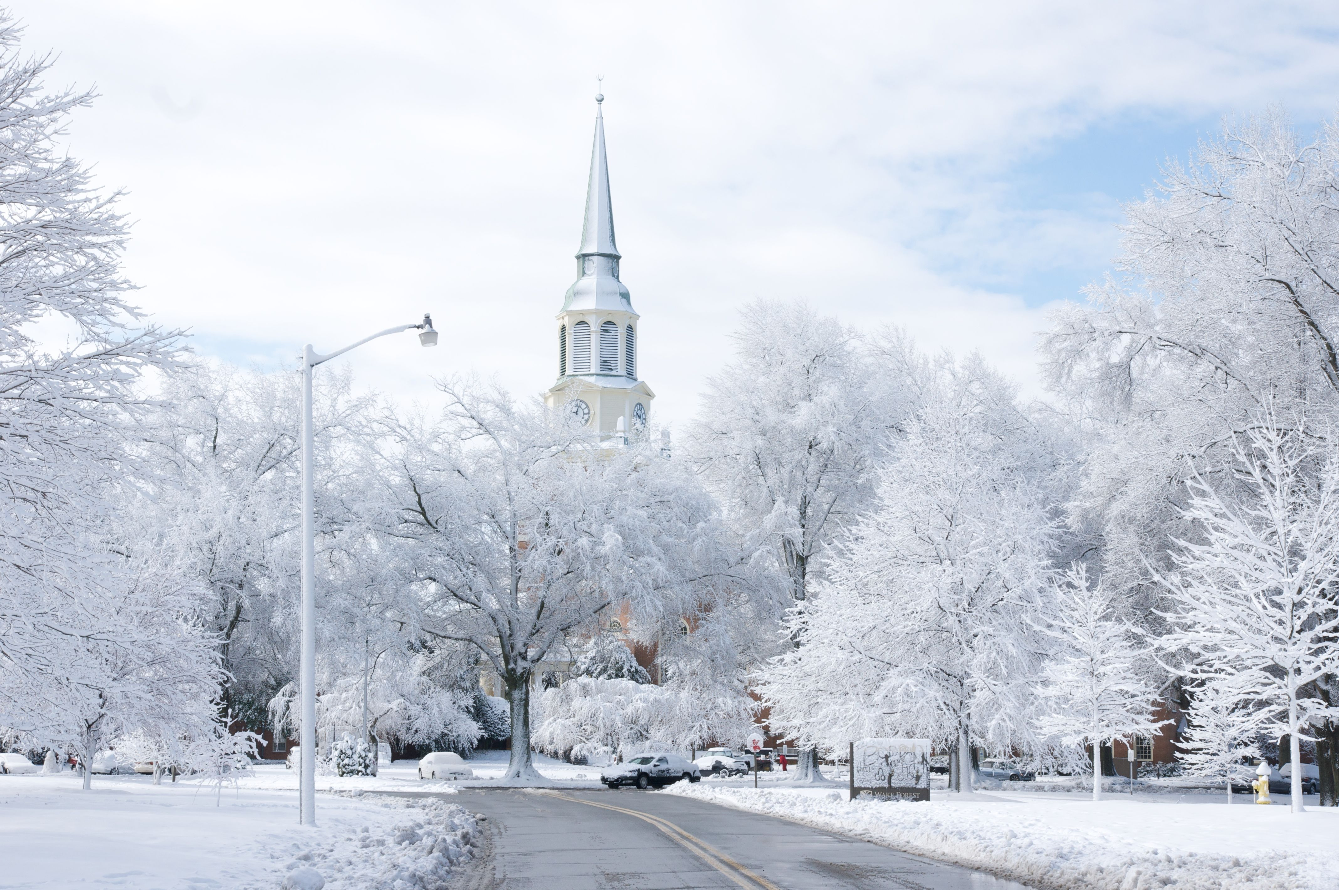 22 Places That Look Even More Magical Covered in Snow | Pinterest ...