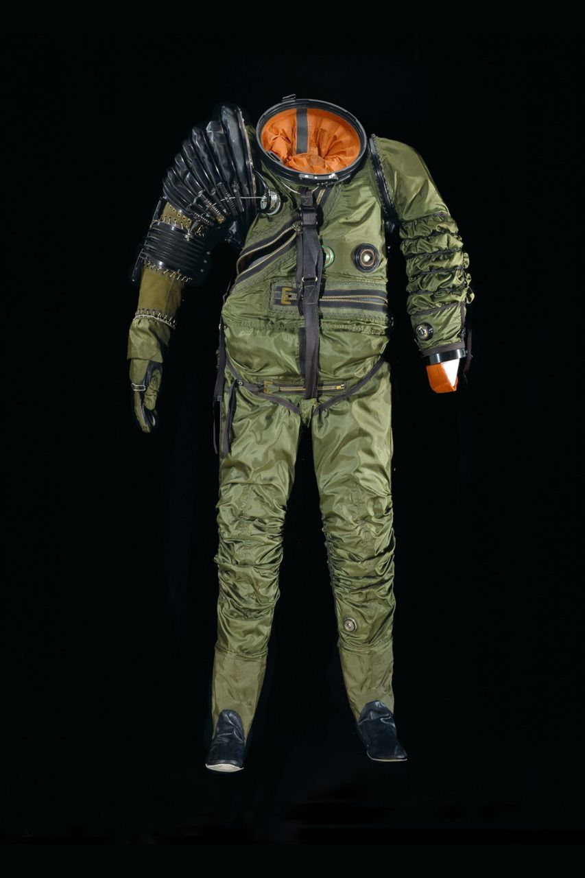 Designer space suit aerospace aviation cosmos for Space suit design