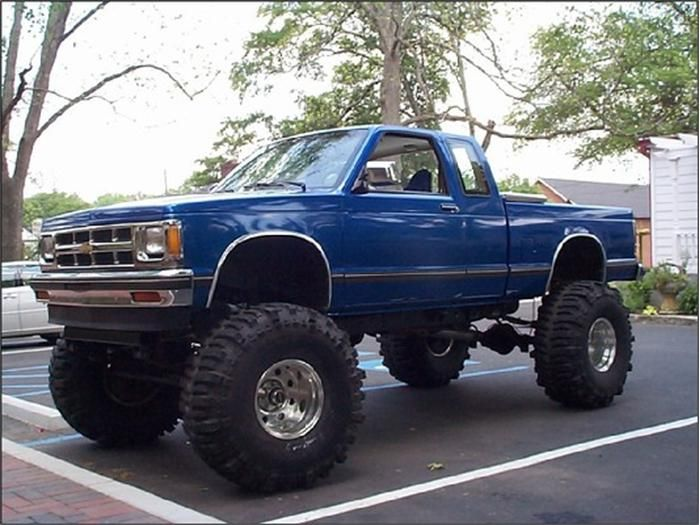 chevy s10 all jacked up chevrolet s10 trucks chevy. Black Bedroom Furniture Sets. Home Design Ideas